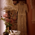 Pink roses and vintage dress in Fleur de Provence